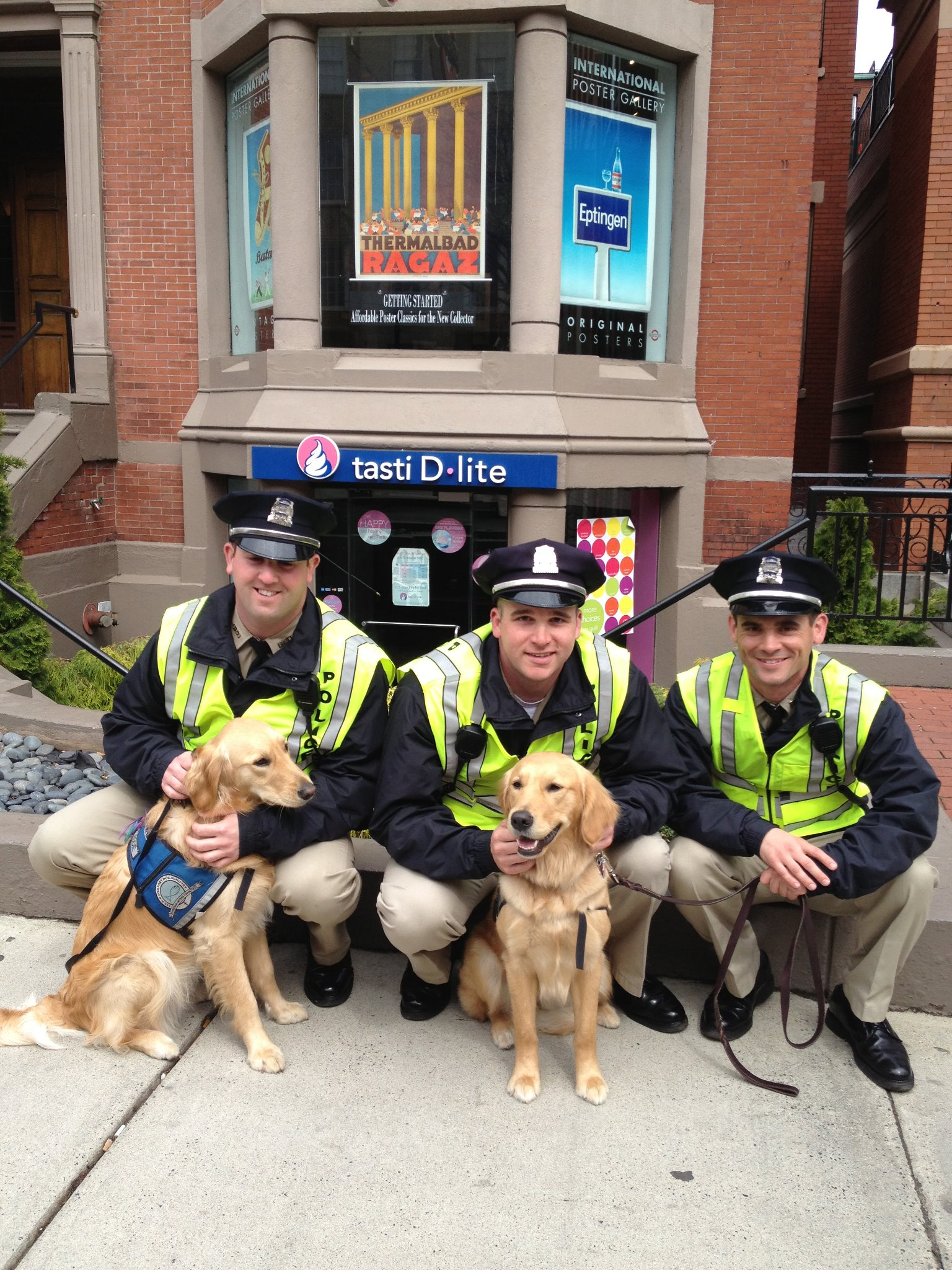 K-9 Comfort Dogs with Boston's Finest